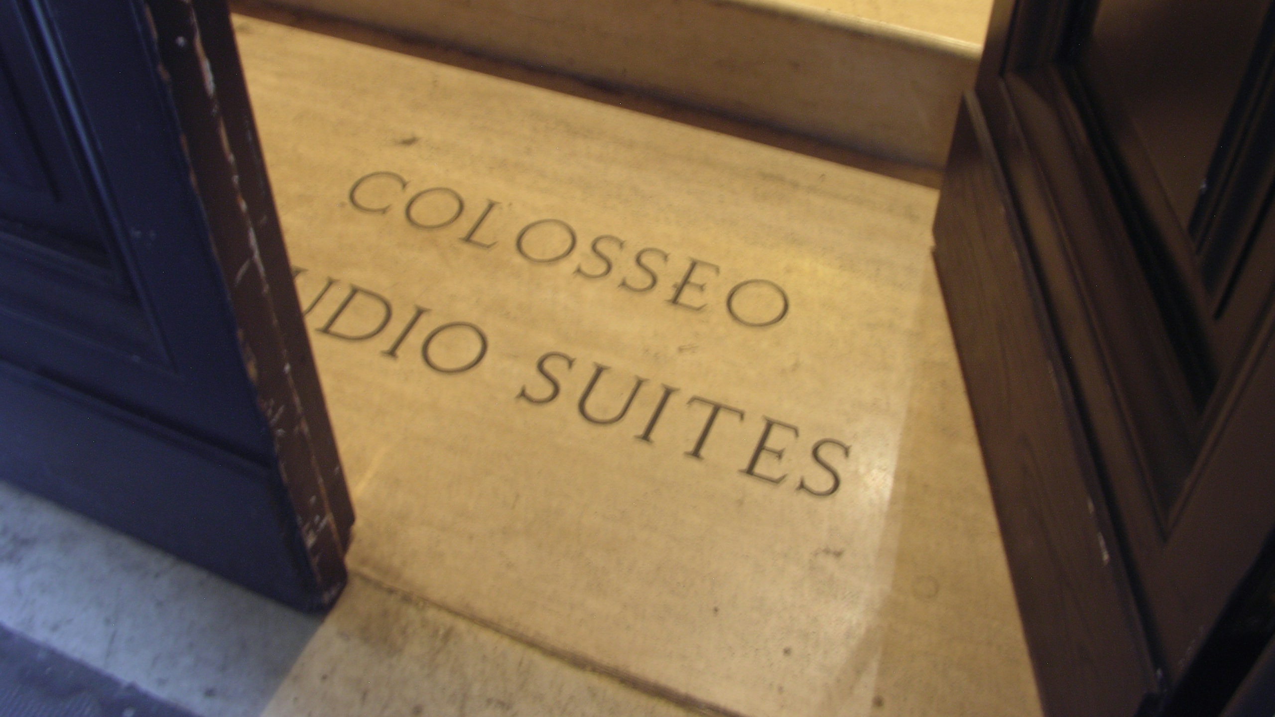 colosseo-suites-rome-externo-05