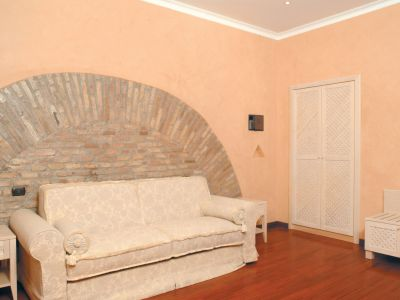 colosseo-suites-rome-rooms-05