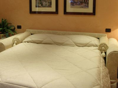colosseo-suites-rome-rooms-09
